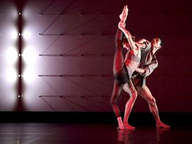 Wayne_McGregor_l_Random_Dance_c_Ravi_Deepres.JPG.300x202_q85